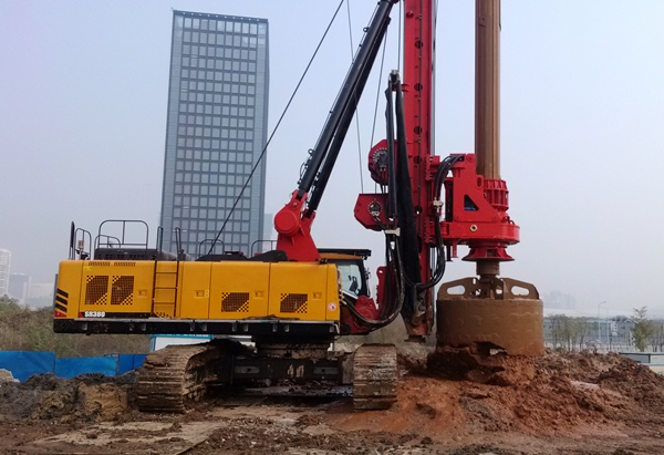 旋挖钻头钻机应用